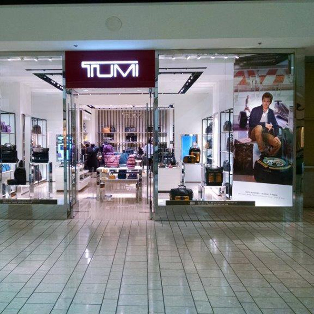 Tumi Store Beverly Centre Usa 2 1000X1000