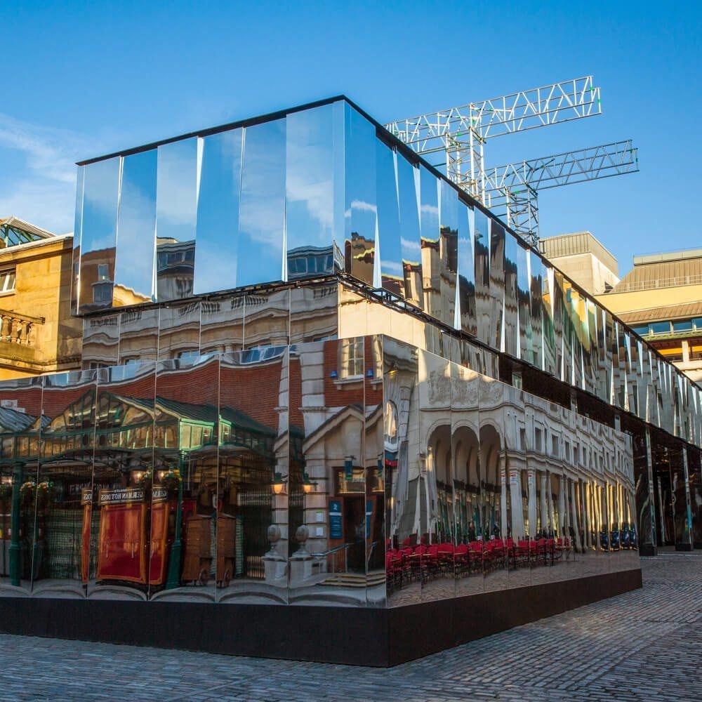 Reflect London 5 1000X1000